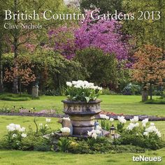 Beautiful English Country Gardens | Clive Nichols - British Country Gardens 2013 by teNeues.de