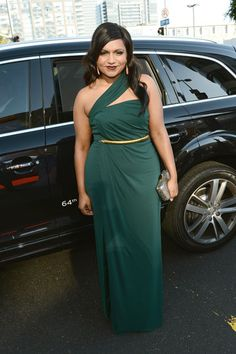 Mindy Kaling was gorgeous in a green St. John dress.