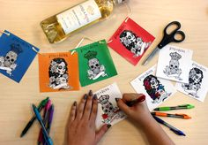 This holiday is meant to be a joyous experience and bring family and friends together with a celebration of life. Bright and vibrant colors, face paint, and the calavera (skull), are all iconic Day of the Dead symbols and we're bringing back our exclusive Stella Rosa Día de los Muertos designs for you in a cool downloadable way!