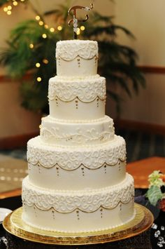 Contact Classic Cakes, located near Indianapolis IN, for a consult with our cake designers to create the wedding cake of your dreams. Call today!