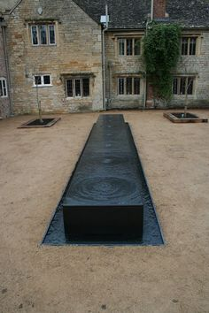 Kind of dark for the site, but interesting install. Water feature gallery provided by Tills Innovations the water feature specialists. Small Fountains, Garden Fountains, Modern Landscaping, Backyard Landscaping, Landscape Architecture, Landscape Design, Front Garden Entrance, Modern Water Feature, Indian Garden