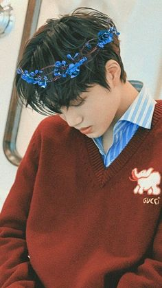 exo kai - that flower crown is so cute! Exo Ot12, Kaisoo, Chanbaek, Saranghae, Luhan And Kris, Bts And Exo, Baekhyun Chanyeol, Kpop Exo, Exo K