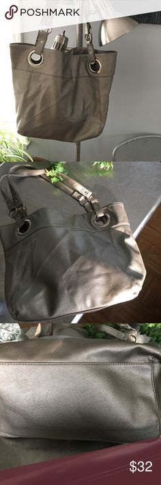 Vegan Shoulder Bag/ Tote EUC/ silver tone hardware/ interior zippered pouch pocket and two additional pouches/ snap closure/ beautiful, clean lining/Vegan Leather. Roomy and Spacious! Silvery bronze color Bags Shoulder Bags
