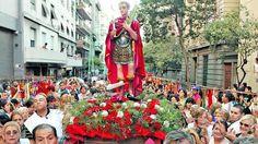 Crece el fervor religioso: más de 10 cuadras de cola para rezarle a San Expedito