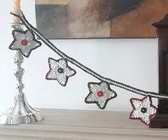 Guarda de estrellas de Navidad en crochet con  hilo