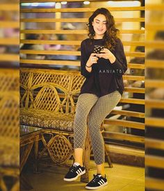 Pakistan Instagram, Chic Outfits, Fashion Outfits, Cat Eye Makeup, Pakistani Girl, Shoes World, Girl Bedroom Designs, Hot Pants, Casual Wear