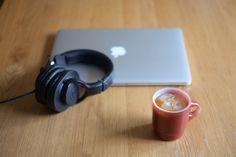 Fire KingとかMacBook Proとかヘッドフォンとか