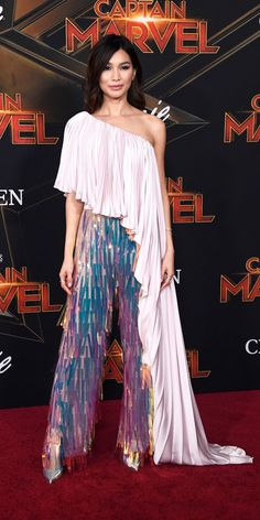 Gemma Chan owned the red carpet at the Captain Marvel premiere in Ralph & Russo … Gemma Chan at the Captain Marvel premiere of Ralph & Russo fringe pants and a pleated top. Repossi jewelry and Christian Louboutin heels completed their look Black Women Fashion, Look Fashion, Womens Fashion, Latest Fashion, Fashion Fall, Dress Fashion, Fashion Online, Rachel Bilson, Sonakshi Sinha