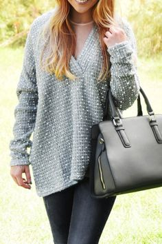 Loose Fitting Plunging Neck Long Sleeves Sweater