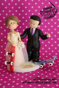Nuestro amor sobre ruedas!!   #masaflexible #porcelanafria #coldporcelain #fimo #arcillapolimerica #polymerclay #handmade #handcrafted #hechoamano #hechoenvenezuela #madeinvenezuela #love #amor #torta #weddingcake #wedding #weddingtopper #caketopper #topedetorta #weddingdesign #Boda #BodasenVenezuela #Novia #Novias #bodasvzla #bodas2015 #noviospersonalizados #novios #ArtesaniasEmir