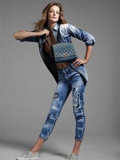 #EDITORIAL - Camisaria e #rippedjeans na Vogue Turquia - www.guiajeanswear.com.br - #GuiaJeansWear: O Portal do #Jeans
