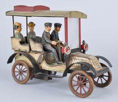 Tin Litho Clockwork Carette Limousine.
