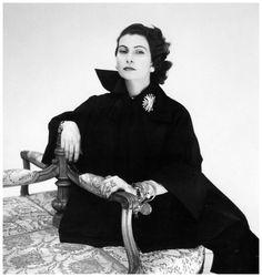 Donna Simonetta Colonna di Cesaro (Simonetta Visconti fashion designer) is wearing her own design, photo by Clifford Coffin, New York, 1951
