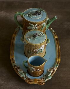 Web Exclusive: Majolica Tea Sets It's rare to find a complete set on its own grooved tray, such as this Holdcroft tea set, says Ehrenthal.   - CountryLiving.com