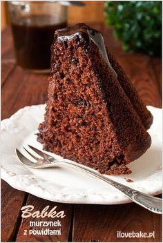 Chocolate bundt cake with plum jam (in Polish) Chocolate Pancakes, Chocolate Bundt Cake, Polish Desserts, Polish Recipes, Sweet Recipes, Cake Recipes, Dessert Recipes, Russian Cakes, Delicious Desserts