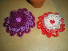 EmmHouse: Free 3D flower crochet pattern.