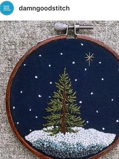 Christmas Embroidery Patterns, Basic Embroidery Stitches, Hand Embroidery Patterns, Ribbon Embroidery, Cross Stitch Embroidery, Embroidered Christmas Ornaments, Art Textile, Diy Weihnachten, Christmas Crafts