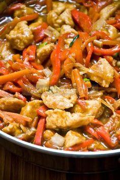 Kurczak pięciu smaków Asian Recipes, Healthy Recipes, Ethnic Recipes, Vegan Junk Food, Tasty Dishes, Brunch Recipes, Dinner Plates, Food Inspiration, Chicken Recipes