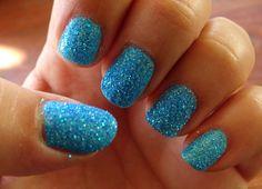 #manicuras #nails #uñas Manicuras y belleza blog: Manicura azul con purpurina en polvo.