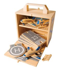 Wood Airport and Airplanes Toy Set