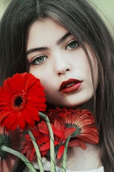 Girl and flowers by Jovana Rikalo - Photo 156673963 / 500px