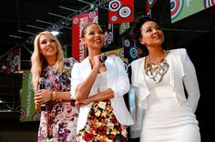 The cast of #SingleLadies invades #ESSENCEfest - Love Lisa Raye's necklace!