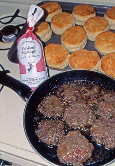 Get some tasty deer recipes for ground venison and deer meat. Some of the deer venison recipes include venison burgers and venison breakfast sausage. Venison Sausage Recipes, Breakfast Sausage Recipes, Ground Venison Recipes, Venison Meals, Breakfast Sausages, Cooking Venison, Hamburger Recipes, Elk Recipes, Cooking Recipes