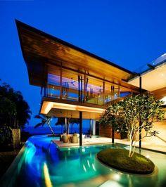 luxus villa mit ausgefallener form