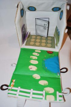 Fabric Travel Doll House Purse with 4 rooms of by happyhippoink, $35.00