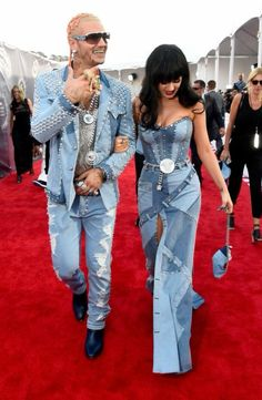 Well made. Denim dress. Sweet heart neckline. WHY?!? Couple matching. Katy perry (i think). RiffRaff or Paul Wall. Patch work FAIL