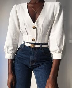 The basic white shirt and blue jeans combo 💥~ Yayy or Nay ⁉️ _______________________________________________ . Source by karolinapolka clothes fashion moda Classy Outfits, Fall Outfits, Casual Outfits, Cute Outfits, White Shirt And Blue Jeans, Look Fashion, Fashion Outfits, Casual Chique, Fashion Magazin
