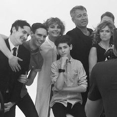 Gotham Tv show cast! I love how my two favorite villains on the show are hugging~