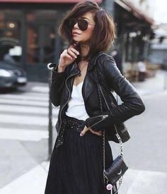 "f7993ec7 Manhattan Fashion Styles on Instagram: ""via @london_style_blog 🌼🖤 📷:  @babiolesdezoe 🌼🖤 #parisstreetstyle"""
