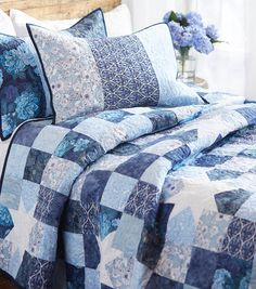 Two Daughters� Quilt Bedding