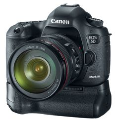 OMG  In my dreams!!! CANON 5D MARK III has arrived!  I want one!  http://www.picturecorrect.com/news/canon-5d-mark-iii/