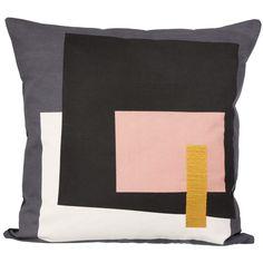 Fragment tyyny, harmaa ryhmässä Tekstiilit / Viltit & Koristetyynyt / Koristetyynyt @ ROOM21.fi (130985)