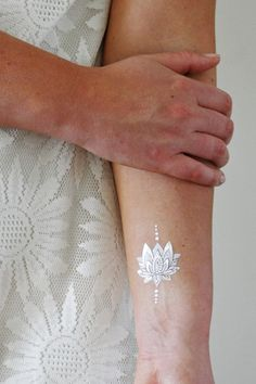 Silver and white lotus temporary tattoo / boho temporary tattoo / lotus tattoo…
