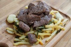 【お手軽レシピ】銀座のシェフが考案した絶品『トスカーナ風フライドポテト』の作り方 / 冷凍ポテトを使えば包丁いらず