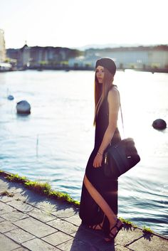 Black may not be the most common color choice for summer time, but still there are are many ways of how to wear all black in summer. Black Summer Outfits, Summer Fashion Outfits, Fashion Ideas, Kristina Webb, Kristina Bazan, Wearing All Black, Big Black, Couture, Street Style