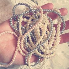 #perle #pearls #swarovskipearls #shine #sidef #ivory #powderpink #silver #sweetmood #bride #brideaccessories #brasov #accesoriimireasa #accessoriesforstars #jewelry #jewellery Bride Accessories, Powder Pink, Swarovski Pearls, Crochet Necklace, Ivory, Jewellery, Bracelets, Silver, Jewels