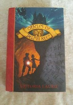Oracles of Delphi Keep #1 by Victoria Laurie 2009 HCDJ 1st Edition 1st Printing