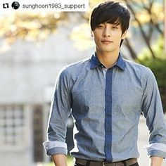 #Repost @sunghoon1983_support with @repostapp ・・・ ~Good morning~ Hope today is sunshine day^^ ... #sunghoon #성훈‬ @sunghoon1983  fighting! #ソンフン  #roi #방성훈  #成勋 #成勛  #sunghoon1983  #sunghoon1983_support #우리동네예체능‬‪ #coolkizontheblock  #신기생뎐 #newtalesofgisaeng  #신의  #greatdoctor  #가족의탄생  #보디가드 #bodyguard #열애 #passionatelove #6인실  #6personsroom #고결한그대‬ ‪ #noblemylove #오마이비너스 #ohmyvenus #아이가다섯 #FiveChildren #fiveenough