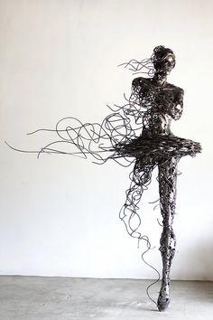 By Regardt van der Meulen Wire Art Sculpture, Human Sculpture, Steel Sculpture, Abstract Sculpture, Art En Acier, Sculptures Sur Fil, Art Fil, Steel Art, Metal Artwork
