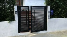 Grill Gate Design, House Gate Design, Door Gate Design, Fence Design, Garden Design, Metal Gate Door, Metal Garden Gates, Metal Gates, Iron Gates