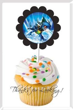Skylanders I need to find a way to get these for Addie's birthday or get real creative with frosting to make this happen for her :) Sons Birthday, Birthday Ideas, Birthday Celebration, Birthday Parties, Skylanders Party, Cupcake Decorations, Video Game Party, Kid Parties, Holiday Treats