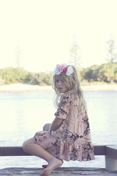 Cute little girl. Cute Little Girls, Little Girl Dresses, Cute Kids, Little Fashion, Kids Fashion, Summer Girls, Summer Beach, Beach Shoot, Boho Girl