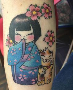 Fatto!! Thank you Horien for this amazing tattoo!! @horien.swallowart #tattoo #kokeshi #kokeshitattoo #japanesetattoo #amazing #tokyo #lol #nofilter #tatooedgirl #myfirsttattoo #kokeshidoll #summer2016 #cutetattoo #manekineko