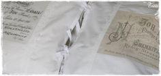 vanhat tyynyliinat ja painettu kuva