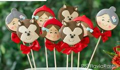 Pirulito chapeuzinho vermelho 3rd Birthday, Birthday Party Themes, Into The Woods Musical, Red Lollipop, Red Riding Hood Party, Red Ridding Hood, Chocolate Lollipops, Pencil Toppers, Little Red