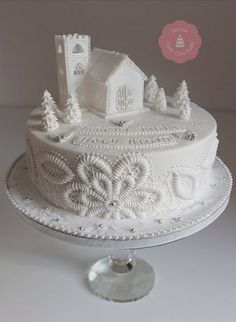 """"""" Silent Night, Holy Bright"""" ~ Christmas cake ~ white on white to give the feel of purity and serenity. Gorgeous work!"""